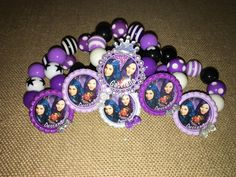 Descendants Party Favor set, includes (6) bracelets