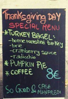 Solo per oggi, solo per festeggiare il thanksgiving vi proponiamo questo super menu, in collaborazione con Casa Manfredi  Special Bagel (Home roasted turkey, brie, cranberry sauce, radicchio) + Pumpkin Pie + Coffee --> 8 euro !!!! #sogood #roma #aventino #circomassimo #thanksgiving #special #menu #turkey #begel