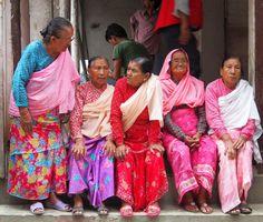 Așteptând-o pe Kumari Nepal, Sari, Fashion, Saree, Moda, Fashion Styles, Fashion Illustrations, Saris, Sari Dress