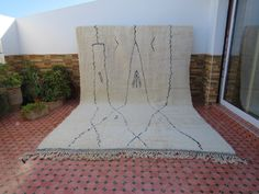 Beni Ourain, Berber Rug, Cool Rugs, Handmade Rugs, Moroccan, Vintage Antiques, Bohemian Rug, Interior Decorating, Carpet