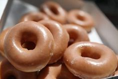 Krispy Creme Have Started Delivering And We're All Going To Die - http://viralfeels.com/krispy-creme-have-started-delivering-and-were-all-going-to-die/