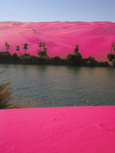pink desert Libya---On the surface of the sand free corridors among the great dunes of the southern part of the Great Sand Sea lie one of the most enigmatic mysteries of the Libyan Desert - chunks of green through yellow to white Libyan Desert Glass (LDG), a mineral made up of almost 100% pure silica in an amorphous, glassy state.