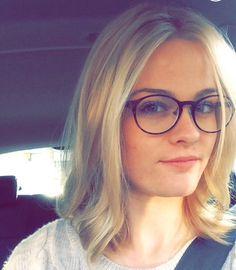 Short lob blonde messy curls hair cut