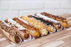 Delicious Churros Recipes Online is under construction Authentic Mexican Recipes, Mexican Food Recipes, Sweet Recipes, Köstliche Desserts, Delicious Desserts, Dessert Recipes, Yummy Food, Healthy Candy, Florida Food