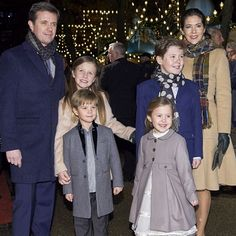 royal sass tumbr: The Crown Prince Family at the premiere of The Nutcracker in Tivoli (01/12/2016)