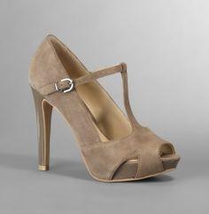 Au Café - View all women's shoes - Kenneth Cole