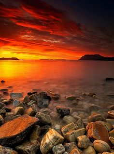 Sunset ~ Nipen, Troms Fylke, Norway   Photo ~ Johnny Myreng Henriksen