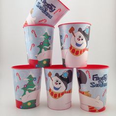 Is watching the classic holiday cartoon, 'Frosty the Snowman' part of a #Christmas tradition in your household? These BPA Free plastic #Frosty cups by Hallmark would be a perfect addition to the event.