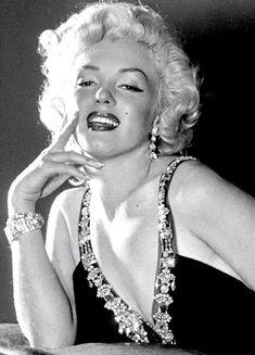 Marilyn Monroe by Frank Powolny 1952