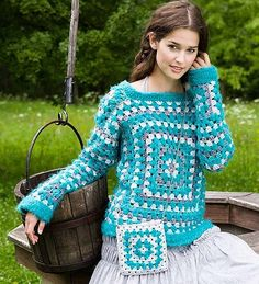 granny square Crochet sweater and matching pocket Granny Square Crochet Pattern, Crochet Granny, Crochet Baby, Free Crochet, Knit Crochet, Crochet Patterns, Granny Square Sweater, Crochet Bolero, Crochet Jumper