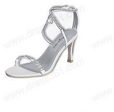 bride shoe during wedding