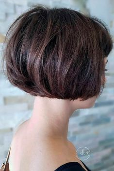 Impressive Short Bob Hairstyles To Try Neatly Rounded Bob ❤ Impressive Short Bob Hairstyles To Try! ❤Neatly Rounded Bob ❤ Impressive Short Bob Hairstyles To Try! Angled Bob Haircuts, Choppy Bob Hairstyles, Haircuts With Bangs, Short Hairstyles For Women, Stacked Haircuts, Hairstyles Videos, Pixie Haircuts, Medium Hairstyles, Braided Hairstyles