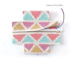 Learn how to make this CUBE Crochet Toiletry Bag usin the Tapestry Technique. FREE Step by Step Tutorial & Pattern. Designed to turn heads! Crochet Pouch, Crochet Chain, Crochet Fabric, Tapestry Crochet, Crochet Gifts, Crochet Hooks, Crochet Stitches Patterns, Crochet Designs, Stitch Patterns