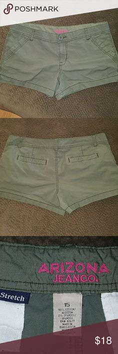 """Size 15 Arizona green shorts Army green shorts size 15. Gently worn, no holes or stains. Laying flat 19"""" across with 3"""" inseam.ariz Arizona Jean Company Shorts"""