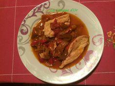 Filets de poulet avec sauce poivrons