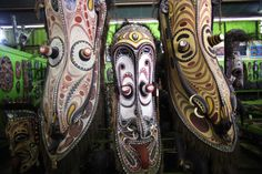 'PNG Art' located in Gordons, Port Moresby, sells an incredible range of Papua New Guinea art and craft. A favorite place for souvenir shopping for our visitors. Phone +675 325 3976  | opening hours 9am-4.30pm Mon-Fri, 9am-3.30pm Sat, 10.30am-2pm Sun