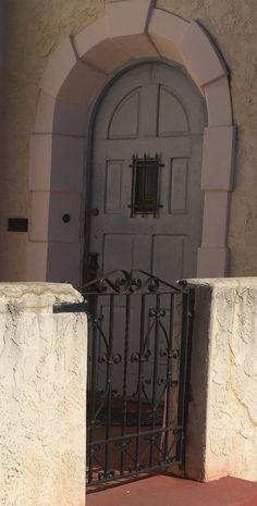 Arched Front Door, Doors, Home Decor, Decoration Home, Room Decor, Home Interior Design, Home Decoration, Interior Design, Gate