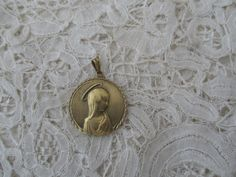 Old religious pendant by Nkempantiques on Etsy