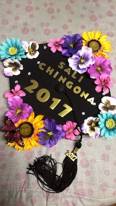 Graduation Cap Decoration Ideas for Latinas