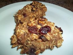 Oatmeal craisin cookie/muffin. only 2 points with WW PointsPlus.   My version of the recipe was: 4 ripe bananas mashed well, 2 cups of unsweetened applesauce, 3 cups of old fashioned uncooked oats, 1 tbsp of cinnamon, 1/2 cup of craisins. Mix all together, drop big ol' Tbsp full onto nonstick cookie sheet and bake at 350 degrees for 30-35 min :) Enjoy!!!