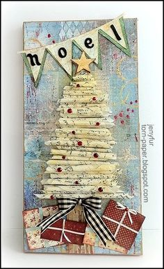 I loved the rolled paper tree Altered Art Christmas, Christmas Mix, Christmas Projects, Christmas Canvas, Christmas Tree Decorations, Christmas Ornaments, Christmas Trees, Do It Yourself Design, Altered Canvas