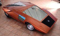 1970 Lancia Stratos HF Zero photos with close-ups of the exterior and interior of the car. Weird Cars, Cool Cars, Crazy Cars, Lamborghini, Carros Retro, Futuristic Cars, Futuristic Motorcycle, Futuristic Technology, Automotive Design