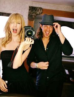 Beth Riesgraf & Christian Kane on the set of TNT's Leverage    (one of my favorite pictures)