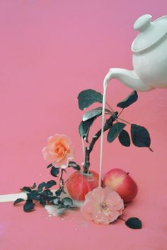 art direction magic apple tree - still life by Dom Sebastian Design Set, Deck Design, Vaporwave, Still Life Photography, Art Photography, Fashion Photography, Kitsch, Pastel, Arte Pop