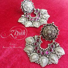 Zivah earrings in sterling silver from Aaraa by Avantika