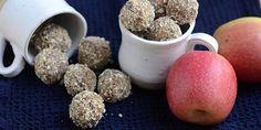 Sunde og lækre æblekagekugler, der smager dejligt sødt og har et skønt pift af kanel og vanilje som en rigtig æblekage.