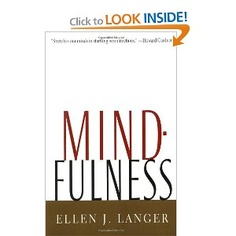 Breaking out of routines in order to become more creative and find more meaning. Mindfulness by Ellen Langer.