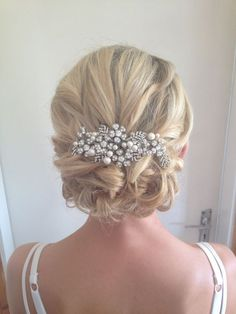 wedding upstyles with pearl hairpiece