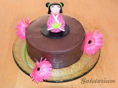 Geisha cupcakes from Art Cup Cupcakes in Tel Aviv ...