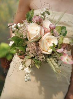 Champagne colored Bouquet with Wheat