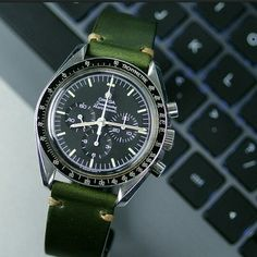 Awesome Combo!!! A B & R Bands Green Horween Classic Vintage Strap on the Speedmaster