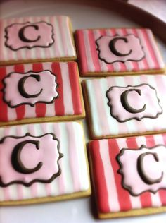 monogramed cookies  {cake central}.