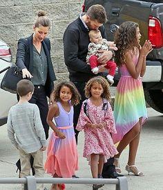 Gisele Bundchen, Tom Brady and family attend Tom's sister's college graduation in Boston