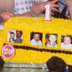 Cute School Bus Cake - spoonful.com