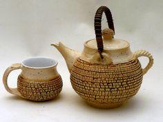 M.Wein Stoneware textured tea pot shino Gl.