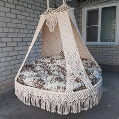 Hanging Crib, Macrame Hanging Chair, Macrame Chairs, Macrame Wall Hanging Patterns, Macrame Curtain, Macrame Patterns, Macrame Design, Macrame Art, Macrame Projects