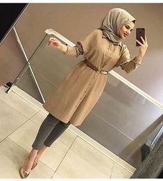 En Tarz Tunik  110₺ Hijab Gown, Hijab Style Dress, Modest Fashion Hijab, Modern Hijab Fashion, Arab Fashion, Casual Hijab Outfit, Islamic Fashion, Hijab Chic, Muslim Fashion