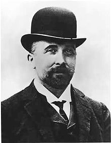 1897 - Acetylsalicylic acid (aspirin) is synthesized by Felix Hoffmann  Felix Hoffmann (January 21, 1868 – February 8, 1946) was a German chemist, credited for the first synthesized medically useful forms of heroin and aspirin.  Felix Hoffmann - Wikipedia, the free encyclopedia