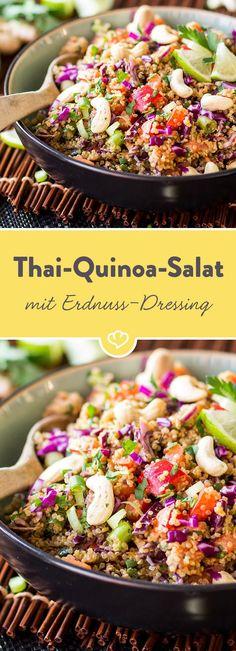Thai quinoa salad with peanut and ginger Thai-Quinoa-Salat mit Erdnuss-Ingwer-Dressing A little nutty, a little spicy, a little sweet. The peanut-ginger dressing gives this quinoa salad an Asian note. Healthy Salads, Easy Healthy Recipes, Asian Recipes, Easy Meals, Ethnic Recipes, Snacks Recipes, Recipes Dinner, Dessert Recipes, Vinaigrette
