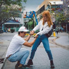 Son Luna, Relationship Goals, Bff, Mom Jeans, It Cast, Hipster, Instagram Posts, Pants, Outfits