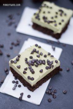 Mint chocolate chip protein fudge brownie bars