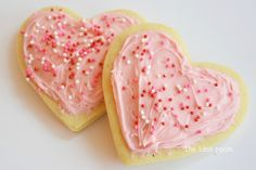 Sourcream Sugar Cookie Recipe via Amy Huntley (The Idea Room)