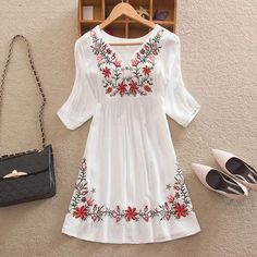 Cheap floral peasant blouse, Buy Quality peasant blouse directly from China blouse vintage Suppliers: Women Mexican Embroidered Floral Peasant Blouse Vintage Ethnic Tunic Boho Hippie Clothes dressy tops White Hippie Dress, Hippie Dresses, Hippie Outfits, Boho Dress, White Dress, Dress Casual, Mexican Embroidery, Embroidery Dress, Embroidered Dresses