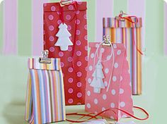 Geschenktaschen selber basteln - mit Anleitung   (evtl. aus braunem Packpapier - bestempelt oder mit Stoff beklebt)