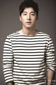Taeyang's Brother Dong Hyun Bae Signs under MGB Entertainment | Koogle TV