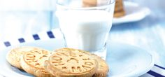 HOMEMADE- Sello par las galletas Glass Of Milk, Food, Biscuits, Food Recipes, Tips And Tricks, Healthy Nutrition, Tasty, Stamps, Rezepte